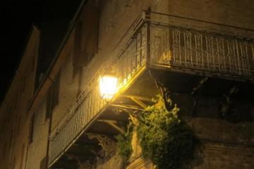 Particolare di un edificio storico della Ferrara medievale.