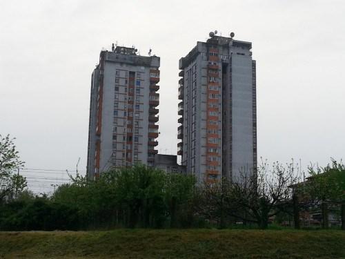 Le torri gemelle nei pressi della stazione di Ferrara.