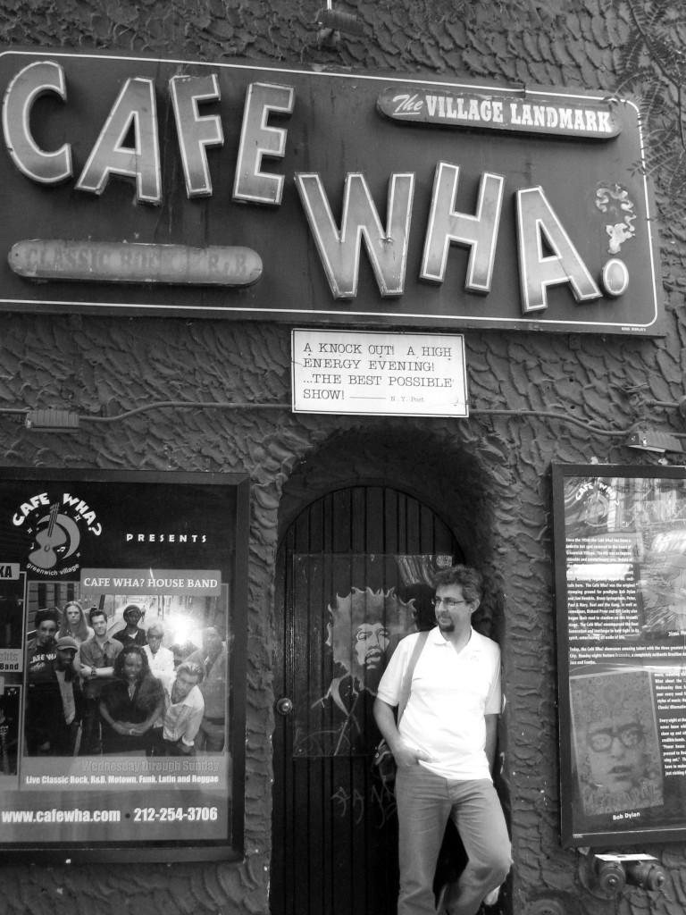 Il mitico Cafè Wha? Club musicale ancora in piena attività.