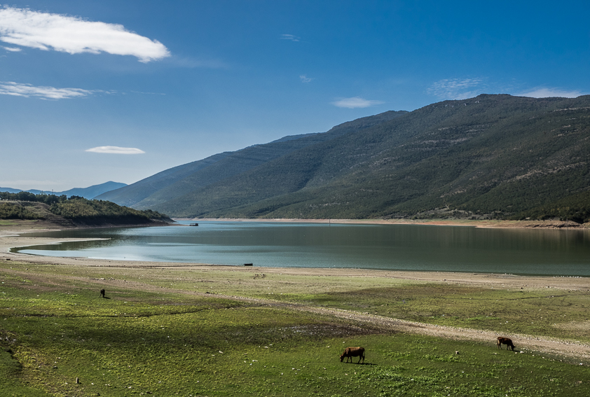 Il lago artificiale di Zhur, al confine fra Kosovo e Albania