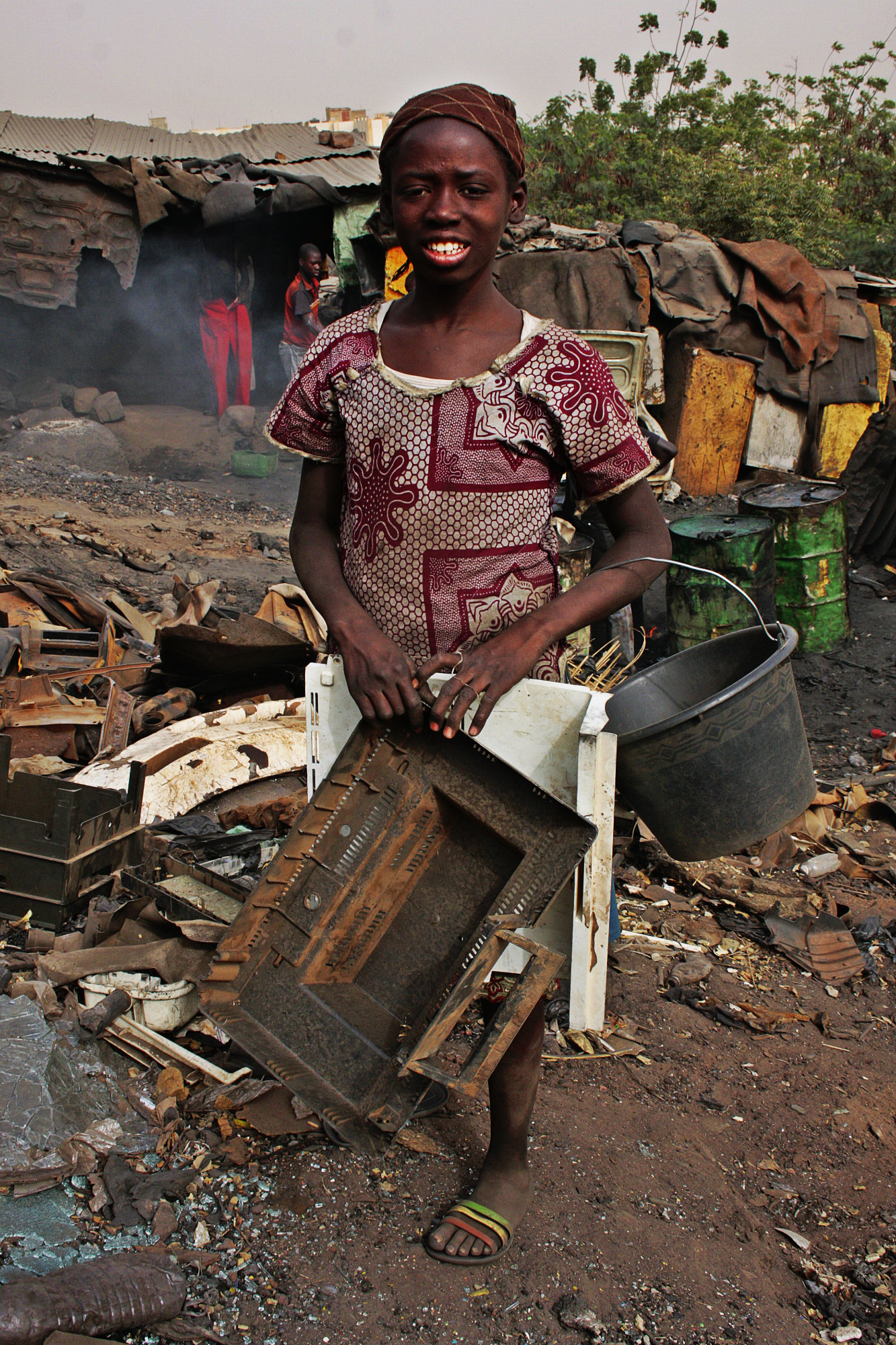 Bamako viaggio all 39 inferno erodoto108 for Capannoni in ferro smontati