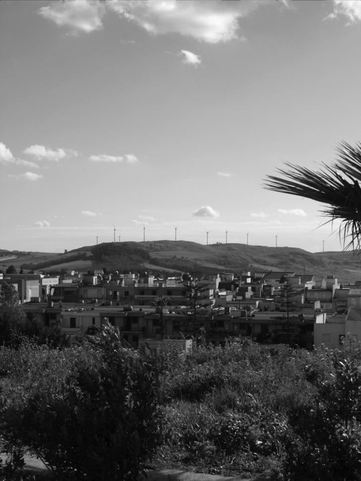 Le campagne di Gibellina, Le pale eoliche