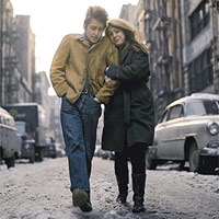 """Uno degli scatti da cui poi è stata tratta la copertina di """"The Freewheelin' Bob Dylan"""""""