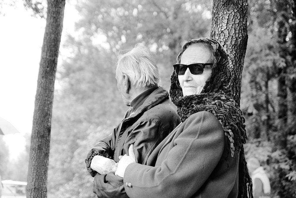 """Montemaggio Marzo 2012. Era un mondo maschilista. Soltanto tra i partigiani la donna aveva diritti, era un compagno di lotta. La Resistenza ci ha fatto capire che nella società potevamo occupare un posto diverso. I diritti paritari garantiti dalla Costituzione non sono stati un regalo, ma una conquista e un riconoscimento per ciò che le donne hanno fatto nella guerra di Liberazione.  Anita Malavasi  """"Laila"""